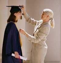 Studi Tentang Prasyarat Sifat, Latar Belakang Keluarga dan Sekolah Dari Individu berprestasi tinggi